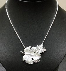 necklace_1.jpg